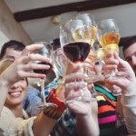 group-of-happy-young-people-drink-wine-at-party-disco-restaurant.jpg (42 KB)