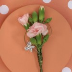 carnation-boutonniere-prom-wedding-02.jpg (16 KB)